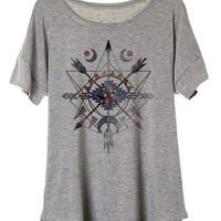 Tribal Print Graphic Tee in Gray