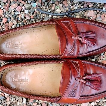 Vintage Allen Edmonds penny loafers 7 E Mens  /  9.5 Womens / EU 40 / brown leather tassel loafers / Maxfield loafers  handcrafted in USA