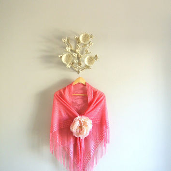 Vintage 70's shawl, fringed romantic wrap, Boho chic, RESEVRED gypsy rose scarf, gypsy cowgirl glam, 1970's era,, True rebel clothing