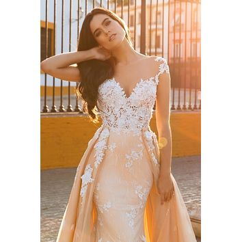 2017 Sexy Mermaid Wedding Dresses Vestido De Noiva Cap Sleeves Illusion Back  Lace Applique Bride Gowns With Detachable Train