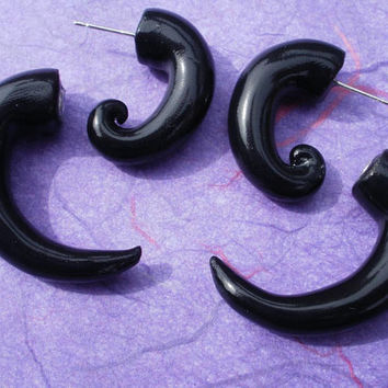 Black Spiral Fake Gauge Earring