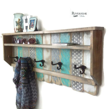 Entryway Wood Shelf  with Hooks / Rustic Pallet Coat Rack / Reclaimed Wood Shelves / Cast Iron Coat Hooks / Bohemian Decor