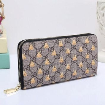 PEAPUP0 GUCCI Bee Women Fashion Embroidery Leather Buckle Wallet Purse Clutch Bag1