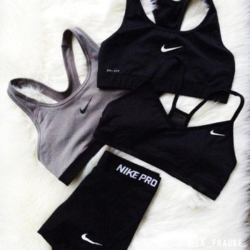 nike pro classic sports bra workout gear shorts set two piece