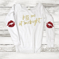 Kiss Me at Midnight New Year Sweatshirt Jumper Sparkle Sweatshirt with Glitter Elbow Patch Lips Kiss New Years Eve Holiday Fashion Tumblr