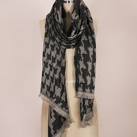 TROO Black Houndstooth Scarf | zulily