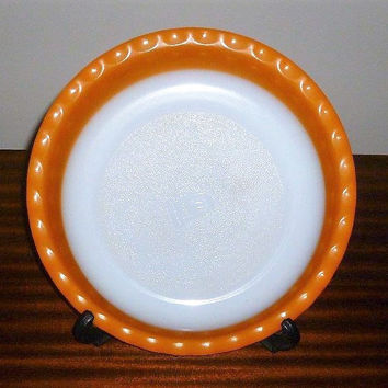 "Vintage 1960s Crown Pyrex 26 cm Diameter Orange Scalloped Pie Dish / Retro Glass Circular Dish / 10"" Diameter"