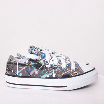 Kids Grey Low Top Splatter Painted Converse Sneakers Kids Size 11, Blue Camouflage Colors