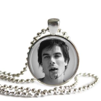 The Vampire Diaries Damon Salvatore Fangs 1 Inch Silver Plated Pendant Necklace