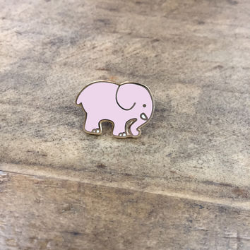 Peach Ella Pin