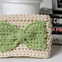 Reusable Coffee Sleeve, Crochet Sleeve with a Bow, Cream and Green Crochet Sleeve