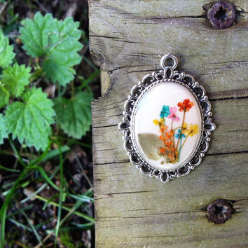 pressed flower jewelry multicolor - nature inspired plated necklace with a delicated small pressed flowers mix