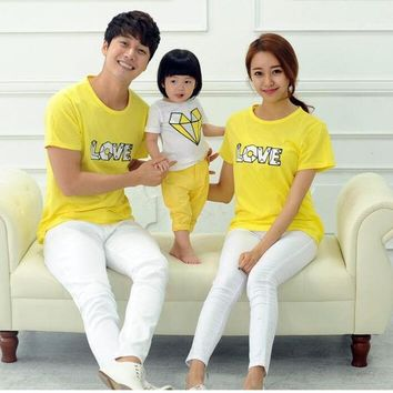Love Family Style Tops Casual T Shirt Mother Daughter Father Son T Shirt Mom And Baby Matching Clothes Family Clothing