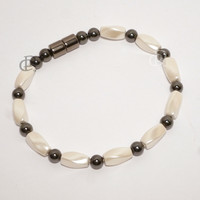 Magnetic Bracelet Creamy White Twist Beads 3X Power Black with 5000 Gauss Clasp