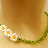 Daisy necklace - Green jewelry - Flower necklace - Minimal necklace - Handmade necklace