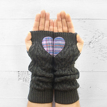 VALENTINE'S DAY Gift, Heart Gloves, Arm Warmers, Grey, Plaid Heart, Long Gloves, Valentine's Gift, Romantic Gift, Gift For Her, Fingerless