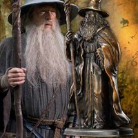 The Noble Collection: GANDALF Bronze Sculpt