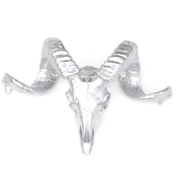Faux Taxidermy - Silver Ram Skull - Resin Wall Mount With RS10
