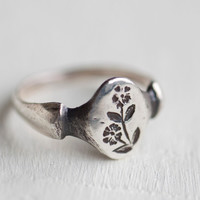 Silver Chickweed Ring