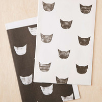 Knot & Bow Black And White Cats Gift Wrap Set - Urban Outfitters
