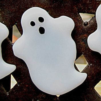 Halloween Spooked Ghost Fused Glass Magnet