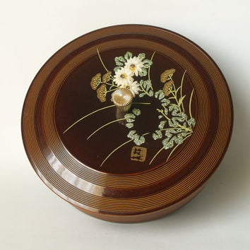 Chinoiserie Home Decor Vintage JAPANESE LACQUERWARE BOX Lovely Round Jewelry Storage Box with Oriental Raised Floral Motif