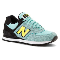 New Balance Womens WL574 Sweatshirt Pack Running Shoe