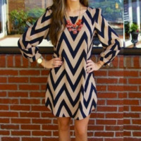 Chevron Wave Print Long Sleeve Dress