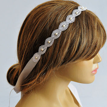 Bridal Headband, Weddings, lace wedding headband, hair accessory, Bridal Headpiece, pearl, etsy wedding, fashion wedding, gift