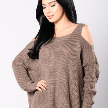 Bundled By The Fire Sweater - Mocha