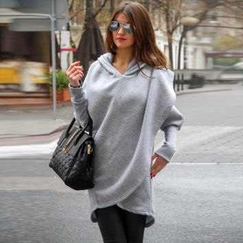 Loose Hooded Long-Sleeved Sweater