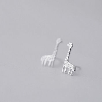 Cute Giraffe Earrings, Sterling Silver Giraffe Stud Earrings, animal stud earrings, animal earrings, Giraffe jewelry, gift for her