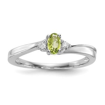 Sterling Silver Oval Peridot and Diamond August Birthstone Ring