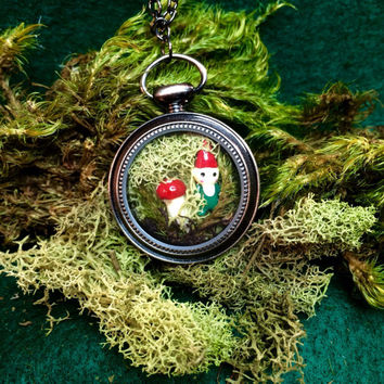 Terrarium Necklace, Terrarium Jewelry, Gnome Necklace, Gnome Jewelry, Moss Jewelry, Moss Necklace, Terrarium, Gnome, Moss, Mushroom, Key