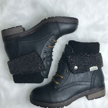 Stone Mountain Black Sweater Boots