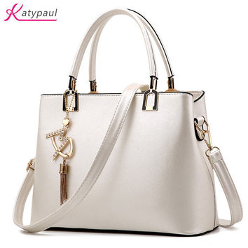 Bolso Mujer 2017 Fashion Hobos Women White Bag Ladies Brand Leather Handbags Spring Casual Tote Bag Big Shoulder Bags For Woman