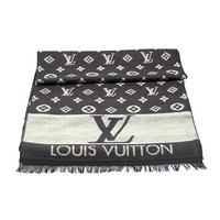 Perfect LV Louis Vuitton Woman Fashion Accessories Sunscreen Cape Scarf Scarves