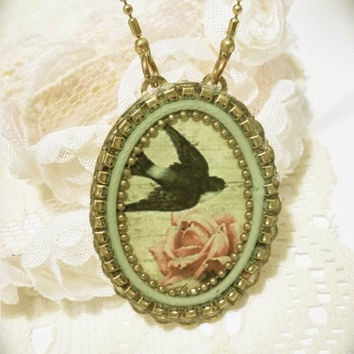 Bird necklace,vintage style necklace with pendant,romantic necklace,bridal necklace,vintage jewelry,antique victorian necklace,long necklace