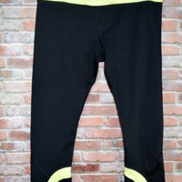 90 Degrees by Reflex Capri Work Out Pants Capri XL Yoga Athletic Yellow/Black