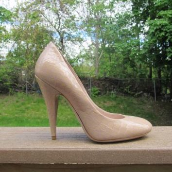 Miu Miu Women's Beige Patterned Heel ~ Size 35 ~ A Must to Have!