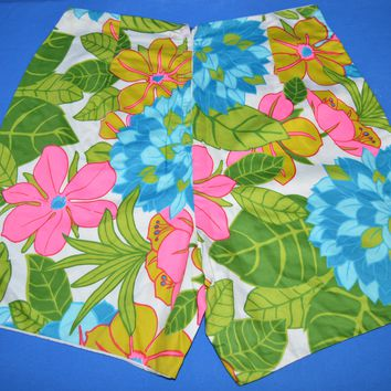60s Floral High Waisted Hawaiian Women's Shorts Size 31