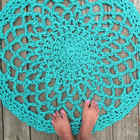 "Turquoise Patio Porch Cord Crochet Rug in 33"" Lacy Circle Pattern"
