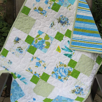Baby or Lap Quilt, Vintage Sheets, Eco-friendy, Turquoise Blue Green and White