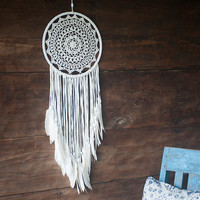 Large White Crochet Dream Catcher - White Suede Fringe With White Feathers - Bohemian Wedding Decor - Bedroom Decor - US Express Shipping