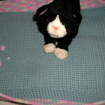 Puppy Kitten Small Dog or Cat Crochet Pet Bed with Paw Print Baby Blue Kitten Puppy Free Shipping