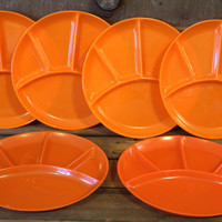 Vintage Orange Plastic Picnic Plates- Fondue- Mid Century- Camping- Glamping- Housewares- BBQ- Outdoor Cookout- Divided- Serving- Taiwan