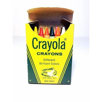 Crayola Crayons Box of 16 Crayons Binney & Smith, Vintage Toys, Mid century Toys, Vintage Labels, Made in the USA