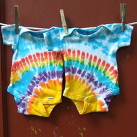 Tie Dye Baby Onesuit Twin Set of 2 Rainbow by twirlytoes on Etsy