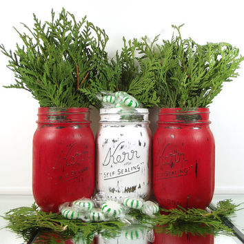 Christmas Table Decor, Candy Jar, Rustic Christmas Decorations, Mason Jar Centerpiece, Christmas Mantle, Colored Mason Jar, Cute Home Decor