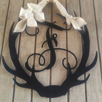 Antler Monogram Door Hanger, Antler decor, Antler Door Hanger, Hunting Door Hanger, Monogram Front Door Sign, Deer Decor, Last Name Decor